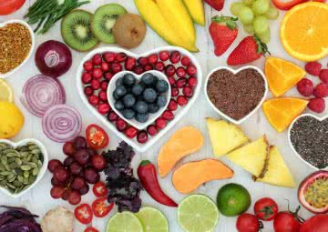 fruits and vegetables rich in antioxidants