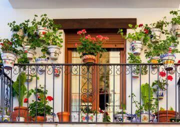 how to create a balcony garden