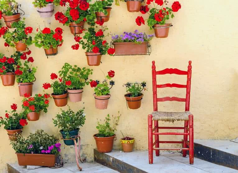 vertical wall planters