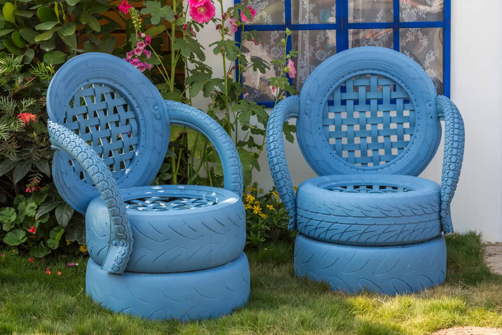 creative garden planters with Tyre Garden Ideas on Diy Tire Decor That Will Bring Colorfulness Into Your Garden likewise Tyre Garden Ideas additionally Plant Shelves besides How To Repurpose A Trash Can Into A Planter as well Article.