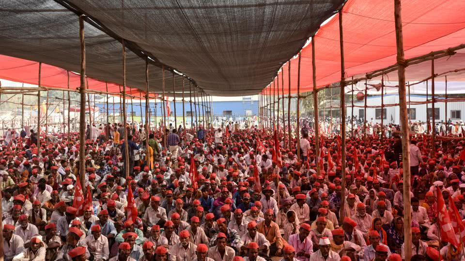 Assembly of 35000 farmers who took part in long march