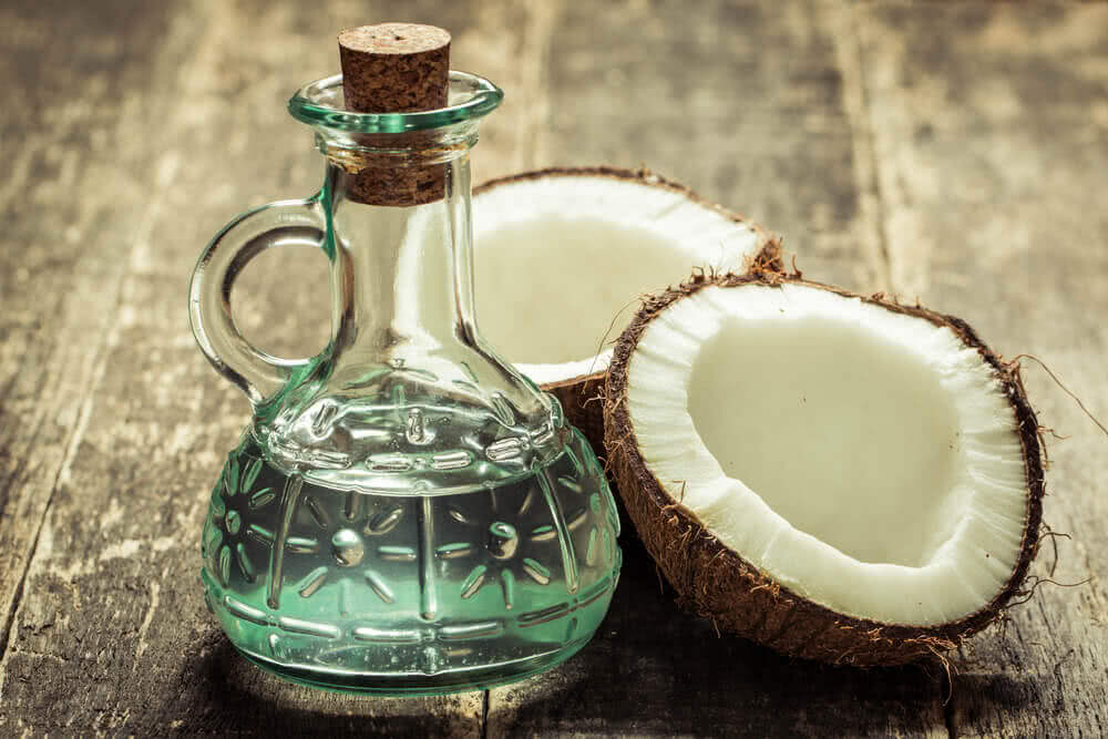 Coconut water as plantonic